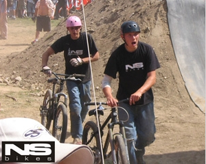 NS Bikes and Octane One team riders in Bestwina